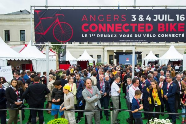 Vue du salon Angers Connected Bike