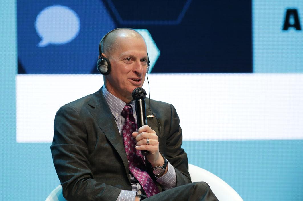 Reportage sur le WEF World Eletronics Forum à Angers le 28 octobre 2017.  Forum Libération. Gary Shapiro pdt du CTA.  ©Jean-Sébastien EVRARD  0681653729